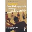 Handboek Ontwikkelingsgericht Coachen van Teams. De Ontwikkelcirkel als leidraad
